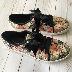 🌹Velvet floral sneakers, size 9.5